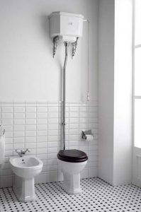 WC con Cassetta Esterna