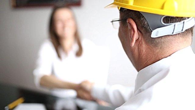 l'appuntamento con l'impresa di ristrutturazione