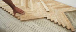 pavimento in legno incollato
